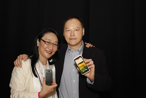 圖一:HTC董事長王雪紅與HTC執行長周永明連袂出席世界通訊大會,將攜手全球逾140家電信商、經銷商推出HTC One系列智慧型手機。