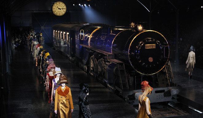Louis Vuitton FW12 Train