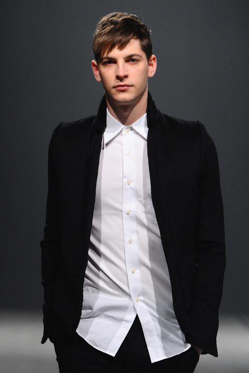 FW12 Tokyo Sise007_Maxime Bergougnoux(Fashion Press)