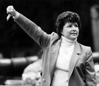 Representative Elaine Gordon votes NO: Tallahassee, Florida