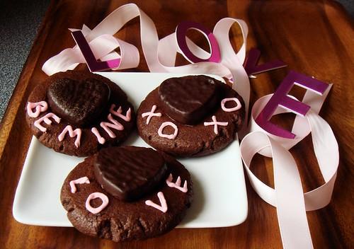 Cocoa Peppermint Shortbread with Mint Pattie Heart