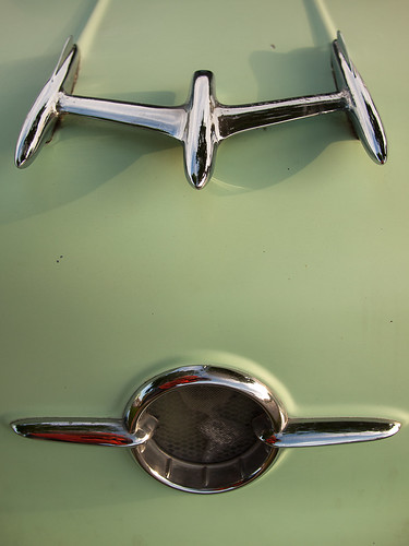 19-fifty-something Olds 98 Hood Ornaments