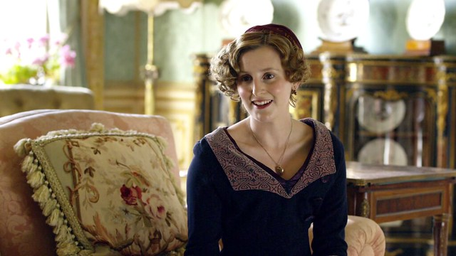 DowntonAbbeyS01E06_Edithspatternedcollar