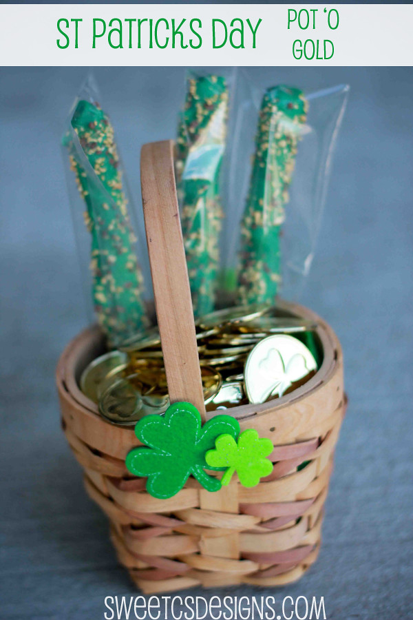 Saint Patricks Day Pot 'o Gold- easy treat for little ones! #stpatricksday #irish