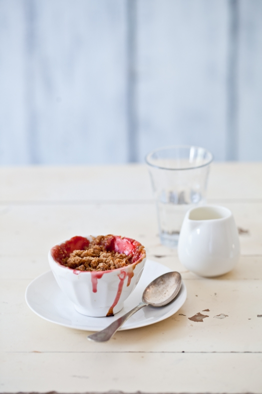 Rhubarb & Strawberry Crisp