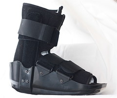 outdoor shoe(0.0), arm(0.0), sneakers(0.0), motorcycle boot(0.0), limb(0.0), leg(0.0), human body(0.0), footwear(1.0), shoe(1.0), strap(1.0), leather(1.0), boot(1.0),