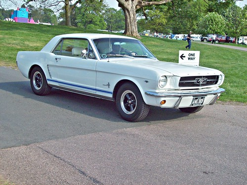 122 Ford Mustang Hardtop (1965)