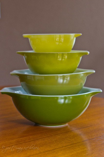 Verde Cinderella Mixing Bowls