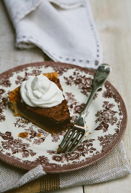 Пирог с начинкой из кленового сиропа
