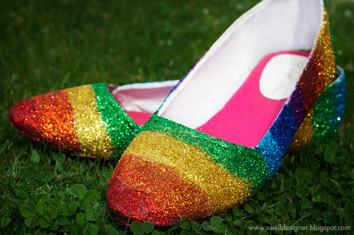 rainbow-glitter-shoes-2