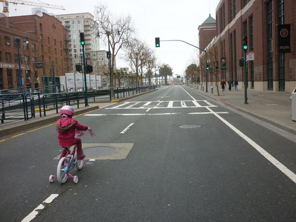 2012_0311_SundayStreets-embarcadero-SF_03