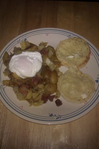 My first attempt at corned beef hash by christopher575