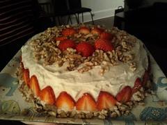 cake, strawberry, baked goods, whipped cream, fruit cake, food, dish, dessert, cuisine,