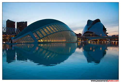 Hemisfèric y Palau de les Arts by joaoamaralphoto