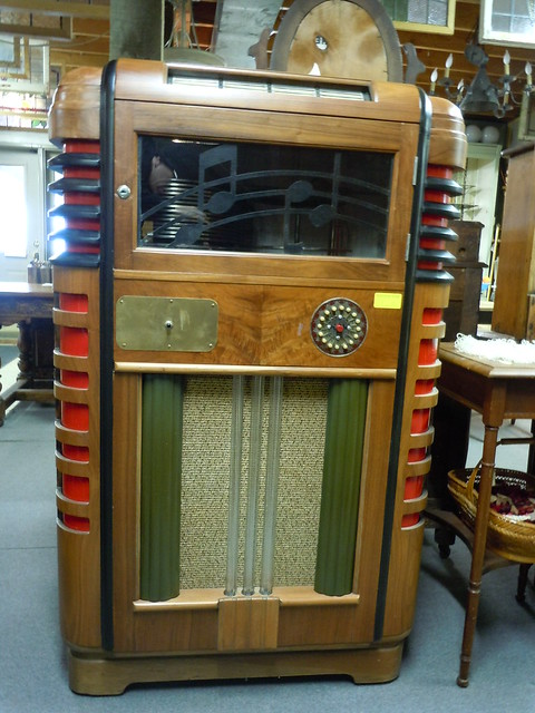 02-26-12 1937 Wurlitzer Jukebox, Buffalo, MN01