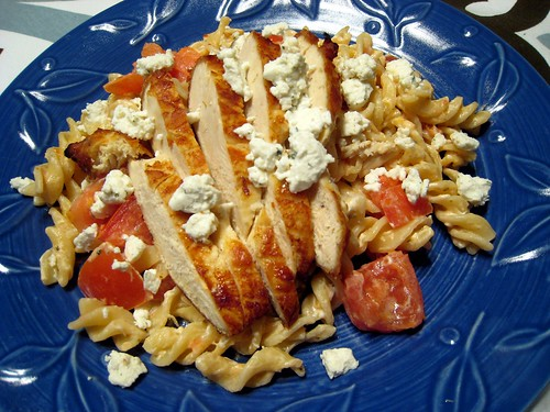 Chicken, tomato, goat cheese pasta2