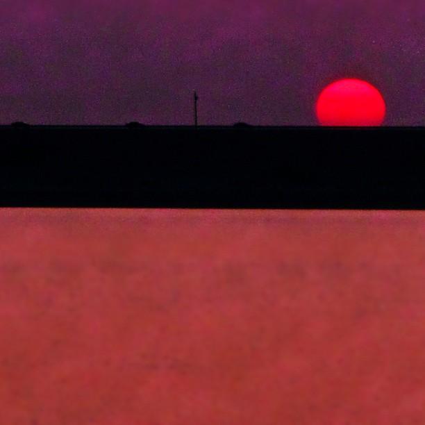 The Minimalist's Sunrise (off #Grapevine #Dam in #dfw #Texas)...