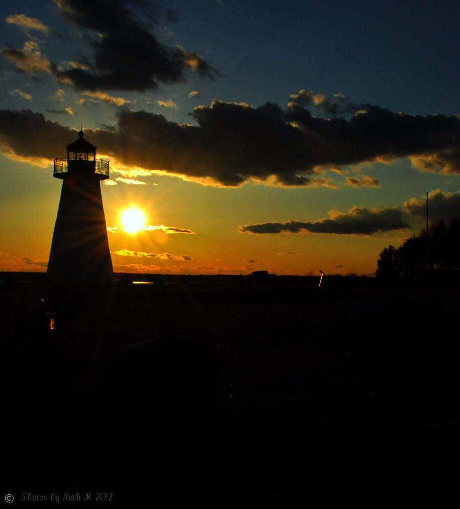 Sunset at Ned's Point Light