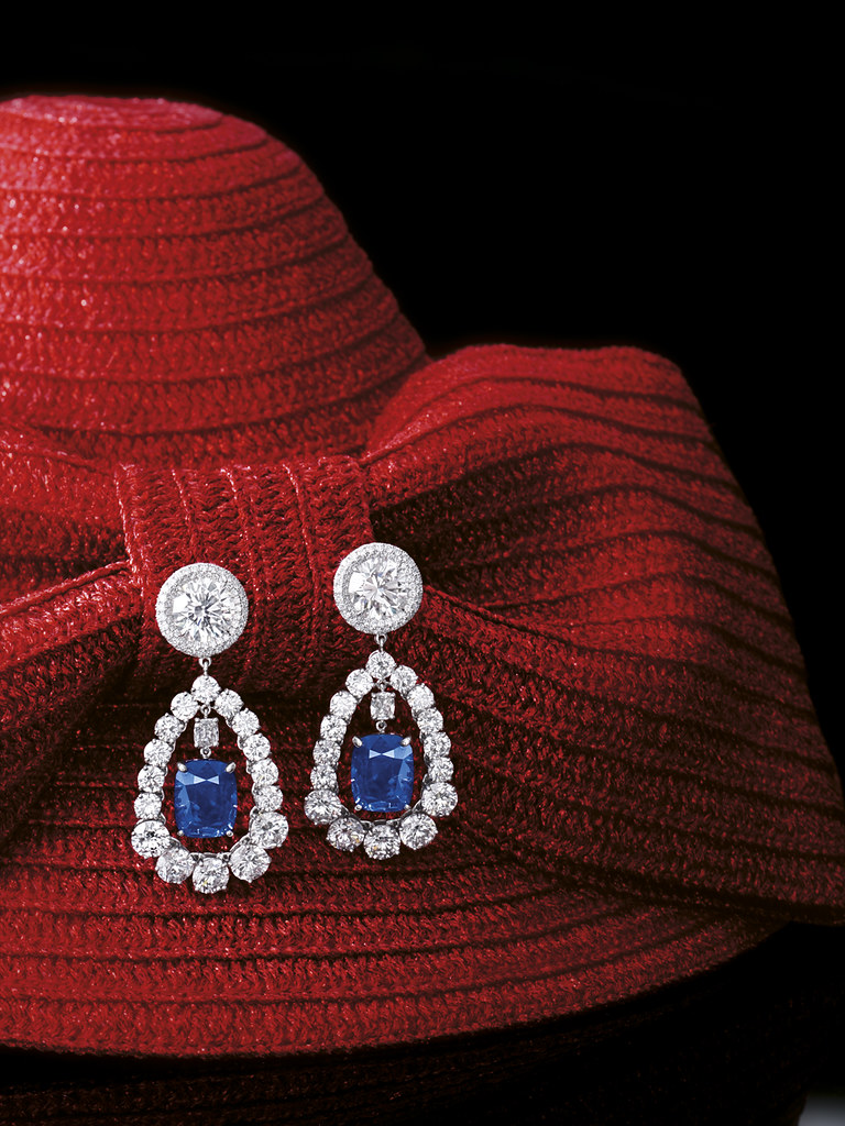Pair of 7.75 and 6.27-carat Kashmir Sapphire and Diamond Pendent Earrings 1.jpg