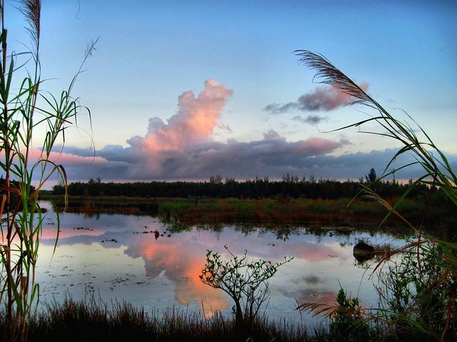 Harbour Lake at dawn HDR 20120316