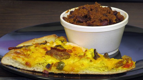 Breakfast pizza and chili by Coyoty
