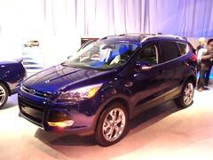 automobile(1.0), automotive exterior(1.0), sport utility vehicle(1.0), mini sport utility vehicle(1.0), wheel(1.0), vehicle(1.0), compact sport utility vehicle(1.0), crossover suv(1.0), ford escape(1.0), bumper(1.0), ford(1.0), land vehicle(1.0),