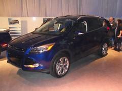 automobile(1.0), automotive exterior(1.0), sport utility vehicle(1.0), mini sport utility vehicle(1.0), wheel(1.0), vehicle(1.0), automotive design(1.0), compact sport utility vehicle(1.0), crossover suv(1.0), ford escape(1.0), bumper(1.0), ford(1.0), land vehicle(1.0),