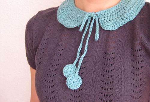 a crochet collar