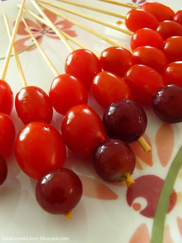 Candy Haws (Tanhulu) 冰糖葫芦