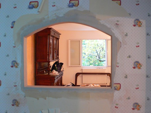 Sommi res d pannage plombier electricien couvreur passe for Passe plat mur porteur