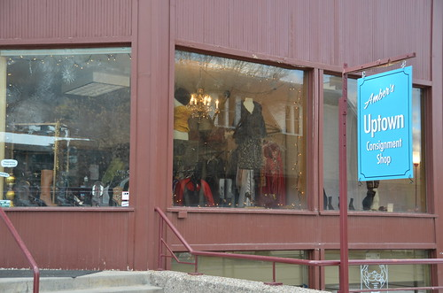 Aspen Consignment Amber's Uptown Consignment-1