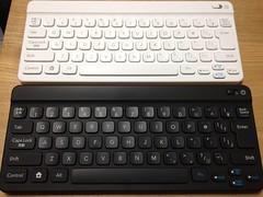 ポケモンタイピングDSのBluetoothキーボード、シロとクロ