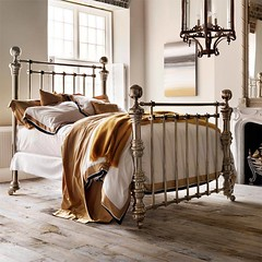 Dickens Nickel Bed
