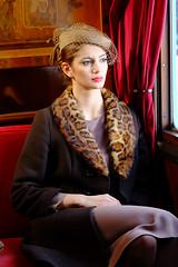 [フリー画像素材] 人物, 女性, 乗り物・交通 - 人物, 帽子 ID:201202261800
