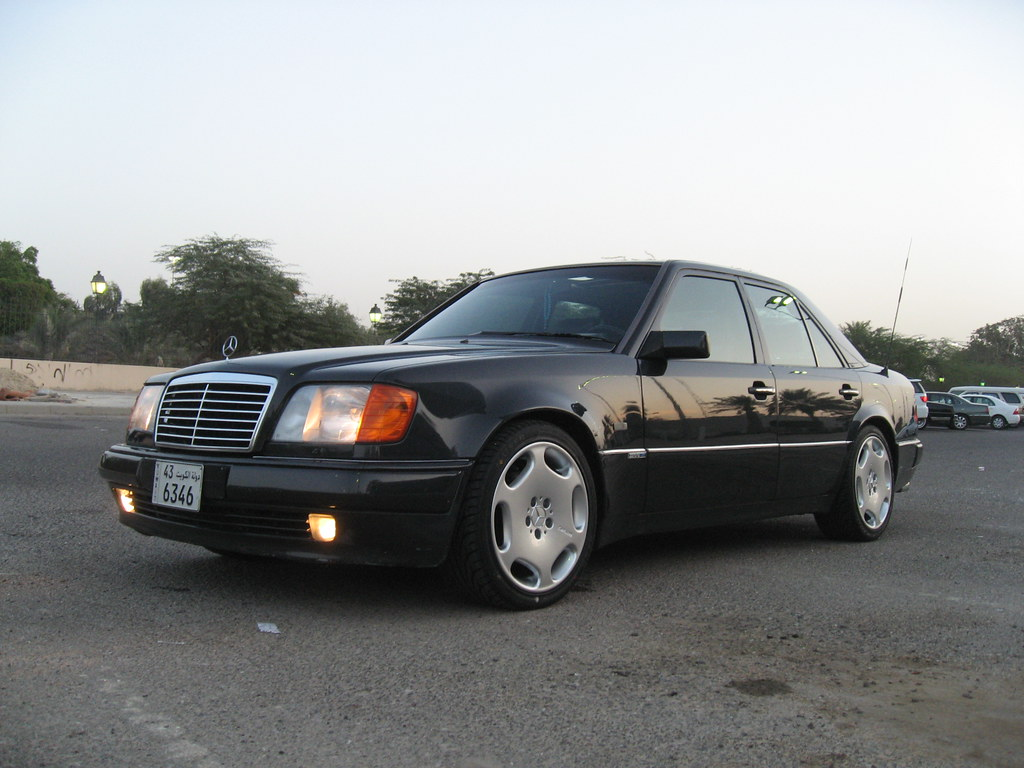 1992 mercedes benz w124 500e with carlsson rims a photo. Black Bedroom Furniture Sets. Home Design Ideas