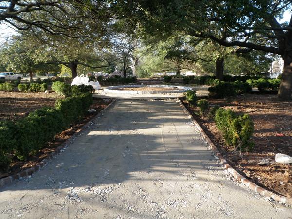 Hampton-Preston Garden Pathway