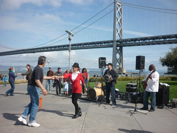 2012_0311_SundayStreets-embarcadero-SF_66