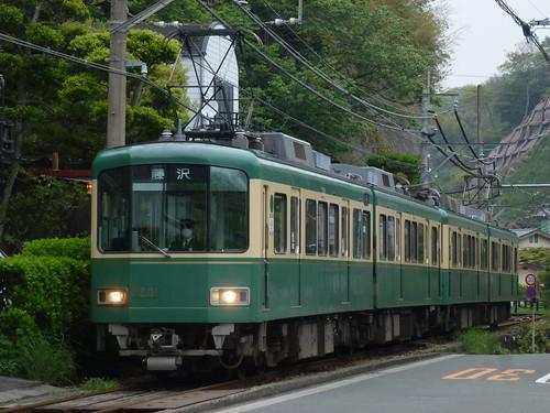 江ノ電1201F+1002F@稲村ヶ崎~極楽寺