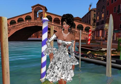 Por los canales de Venecia by Cherokeeh Asteria