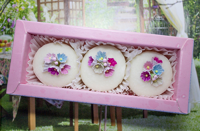 Patisserie De Bain Bath Fancies in Hyacinth