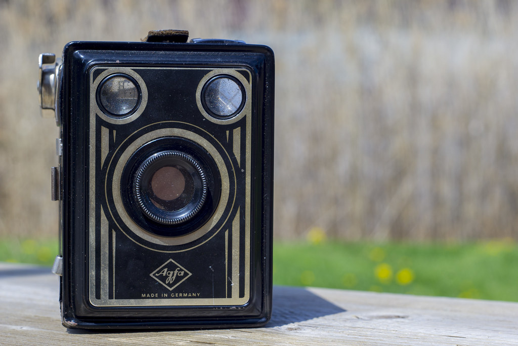 CCR Review 37 - Agfa Box 50