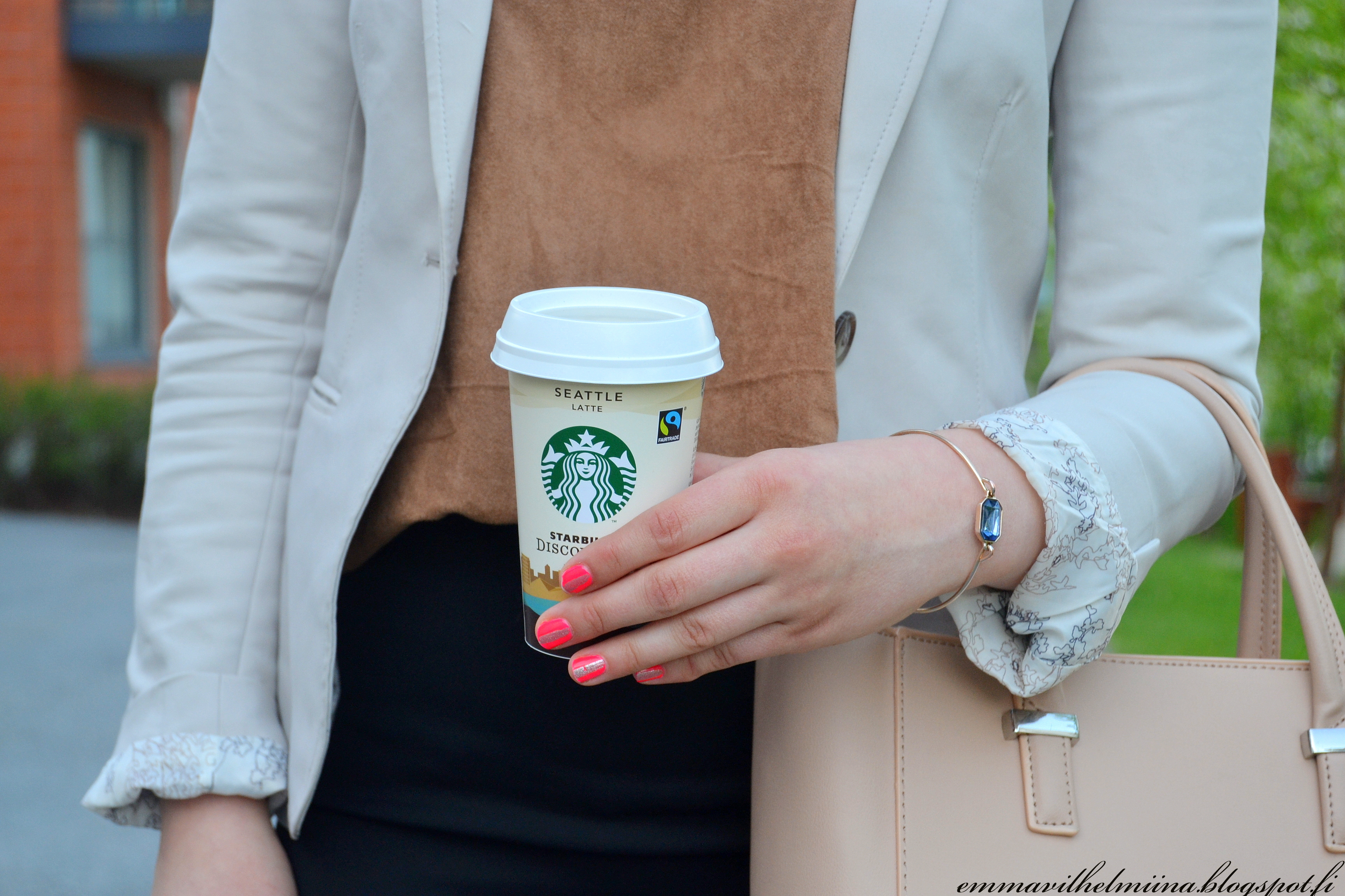 outfit details1