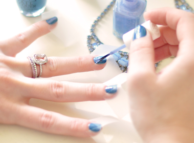 taped nails-triangle diy manicure-blue nail polish