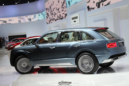 Bentley EXP 9F SUV