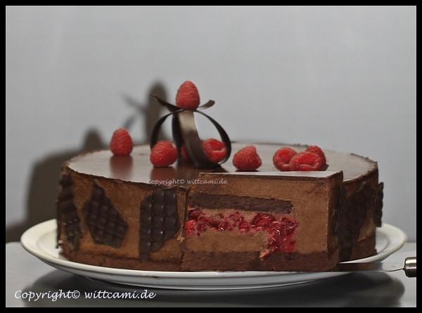 mousse au chocolat torte mit eingestreuten himbeeren cami 39 s magic world. Black Bedroom Furniture Sets. Home Design Ideas
