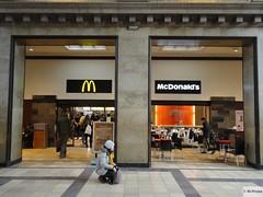 McDonald's Aarhus Hovedbanegård Banegårdspladsen 1 (Denmark)