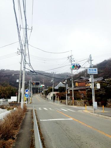 西田橋の交差点。雪降ってる…。