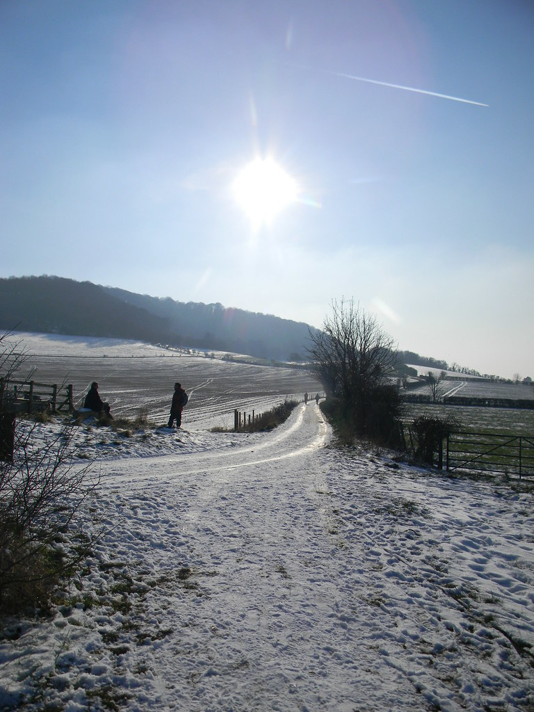 Roadside chat Saunderton to Bledlow
