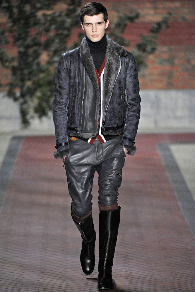 FW12 NY Tommy Hilfiger012_Taylor Cowan(VOGUE)