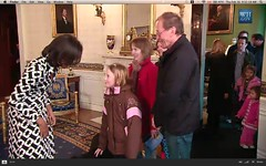 First Lady and Bo surprise tour visitors - pix 02